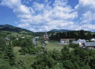 農村風景 ブコヴィナ地方 ルーマニアの写真素材 [FYI03266989]