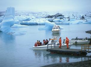 氷河湖 ヴァトナ氷河   8月 アイスランド共和国の写真素材 [FYI03267011]