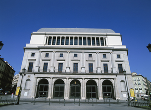 王立劇場 オペラ マドリッド スペインの写真素材 [FYI03267020]