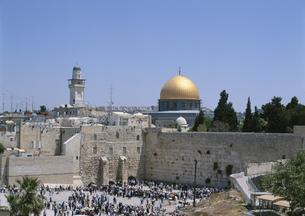 嘆きの壁と神殿の丘 エルサレム イスラエルの写真素材 [FYI03267096]