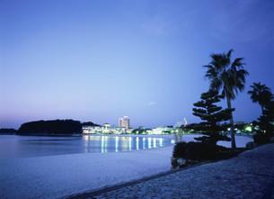 白浜海岸夜景の写真素材 [FYI03267222]
