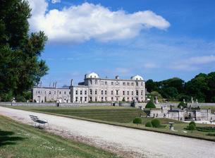 パワーズ・コートの宮殿と庭園の写真素材 [FYI03267877]