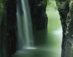 高千穂峡真名井の滝の写真素材 [FYI03268262]
