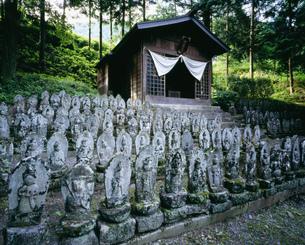 二百地蔵 木曽奈良井の写真素材 [FYI03268725]