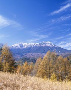 開田高原と木曽御岳山の写真素材 [FYI03269983]