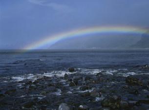 知床岬の虹の写真素材 [FYI03271218]