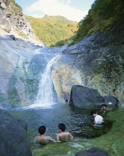 カムイワッカの滝の写真素材 [FYI03271266]