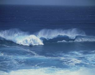 波の写真素材 [FYI03273805]