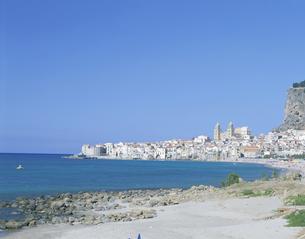 チェルファルの街並 シチリア島 イタリアの写真素材 [FYI03275558]