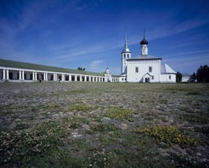 タルゴーヴァヤ広場と復活教会の写真素材 [FYI03277326]