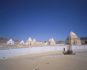 七代七聖人の墓 アイナット イエメンの写真素材 [FYI03277811]