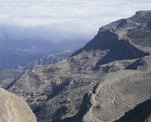 コホラン峠 段々畑と雲海 2月 イエメンの写真素材 [FYI03277819]