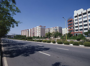 住宅街 経済開発特区の写真素材 [FYI03281118]