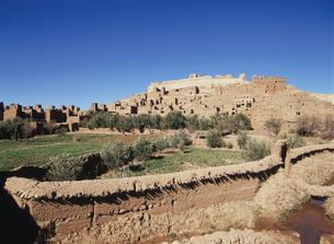 アイト・ベン・ハッドゥのカスバ モロッコの写真素材 [FYI03282254]