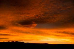 ウマワカ渓谷の夕焼けの写真素材 [FYI03285609]