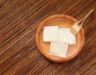 桶に豆腐の写真素材 [FYI03285747]