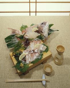 鯛のお造りの写真素材 [FYI03285799]
