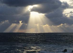 越前海岸と冬の日本海の写真素材 [FYI03286877]