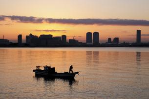 東京湾の漁師の写真素材 [FYI03287633]