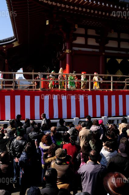 浅草寺、福寿の舞の写真素材 [FYI03288541]