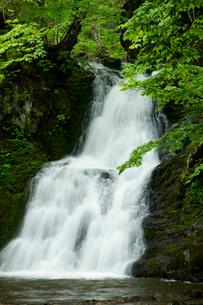 梵音滝の写真素材 [FYI03289895]