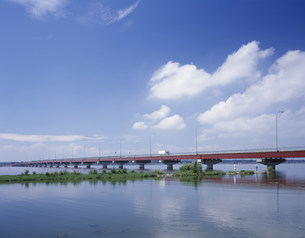 霞ヶ浦大橋の写真素材 [FYI03290623]