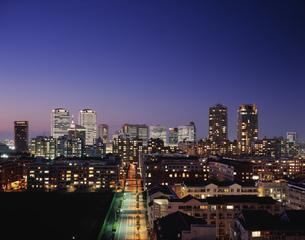 幕張ベイタウン夕景の写真素材 [FYI03291099]