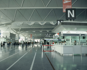 中部国際空港出発ロビーの写真素材 [FYI03291237]