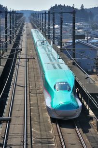 東北新幹線 はやぶさの写真素材 [FYI03292897]