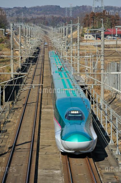 東北新幹線 はやぶさの写真素材 [FYI03292917]