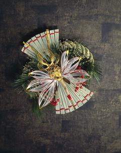 お祝い飾り 鶴の写真素材 [FYI03298106]