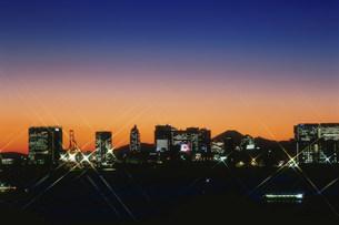 富士山と品川・天王州と屋形船暮色の写真素材 [FYI03298206]