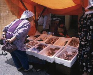 輪島の朝市の写真素材 [FYI03298742]