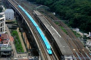 東北新幹線E5系の写真素材 [FYI03300853]