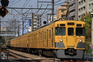西武新宿線 高田馬場 下落合間旧 20000系前パンタ車の写真素材 [FYI03300888]