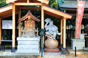 雑司ヶ谷大鳥神社境内の恵比寿天の写真素材 [FYI03301074]