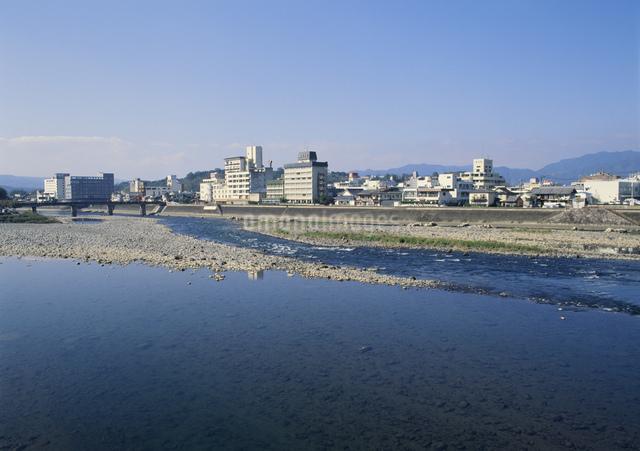 人吉温泉街の写真素材 [FYI03303847]