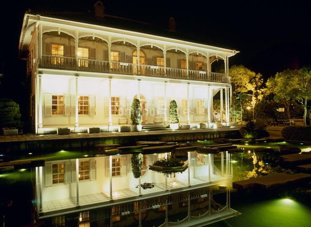 グラバー園とドッグハウスの夜景の写真素材 [FYI03303869]