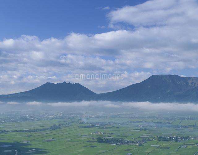 阿蘇谷展望の写真素材 [FYI03303982]