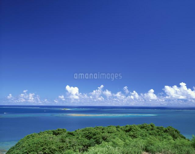 コマカ島遠望の写真素材 [FYI03304021]
