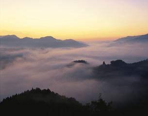 国見ヶ丘の夜明けの写真素材 [FYI03304355]