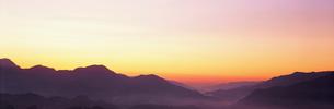 国見ヶ丘夜明けの写真素材 [FYI03304511]