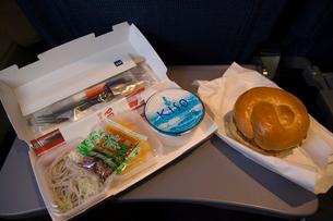 スカンジナビヤ航空の機内食の写真素材 [FYI03306264]