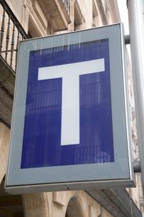 タクシー乗り場標識の写真素材 [FYI03306338]