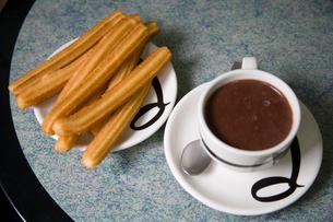 チョコラーテとチューロスの写真素材 [FYI03306344]