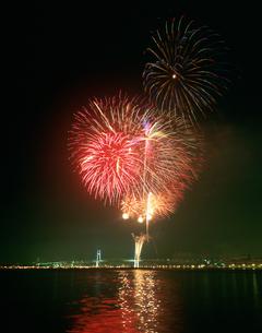 みなと祭国際花火大会の写真素材 [FYI03307051]