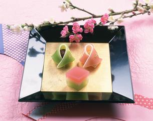 ひな祭りの和菓子の写真素材 [FYI03307309]