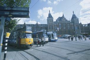 アムステルダム駅前の写真素材 [FYI03312928]