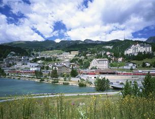 サンモリッツバドの全景 サンモリッツ スイスの写真素材 [FYI03316547]