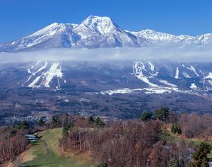 初冬の妙高山の写真素材 [FYI03316967]